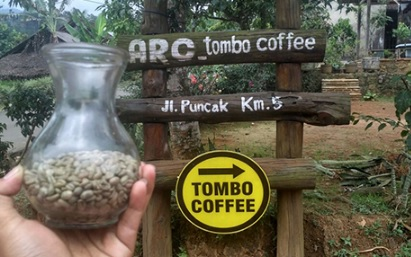 Rasakan Sensasi Kopi Asli Batang di Tombo Coffe